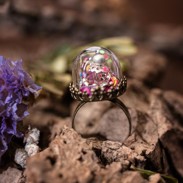 bague dome verre confetti perle