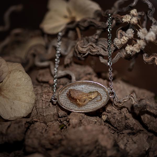 bracelet argenté fleur séchée resine