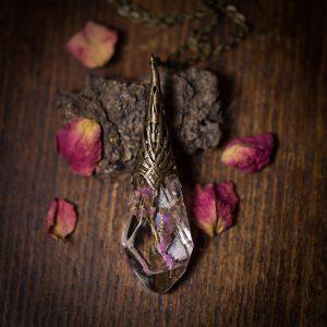 collier pendule resine phosphorescent fleur séchée bronze