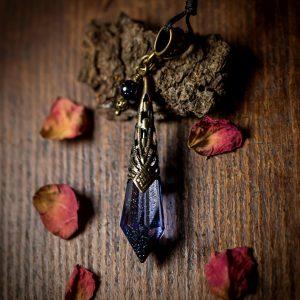 collier pendule nuit paillettes perle pierre