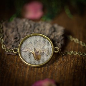 bracelet bronze fleur séchée resine lin