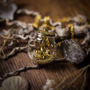 collier globe verre chat doré rouages