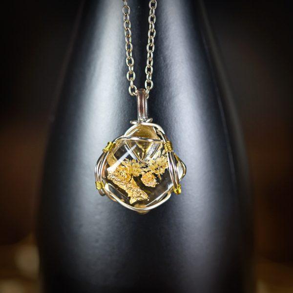 collier resine fleur séchée